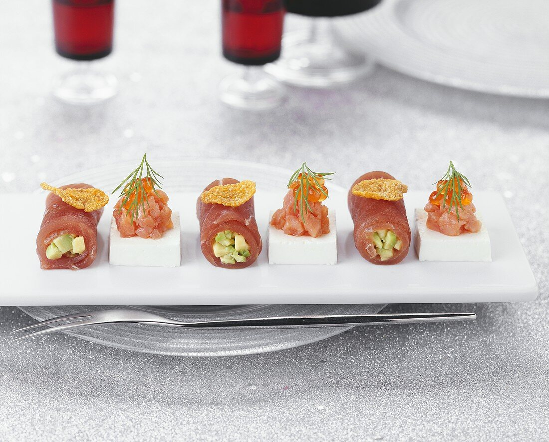 Tuna rolls and smoked salmon with sour cream jelly