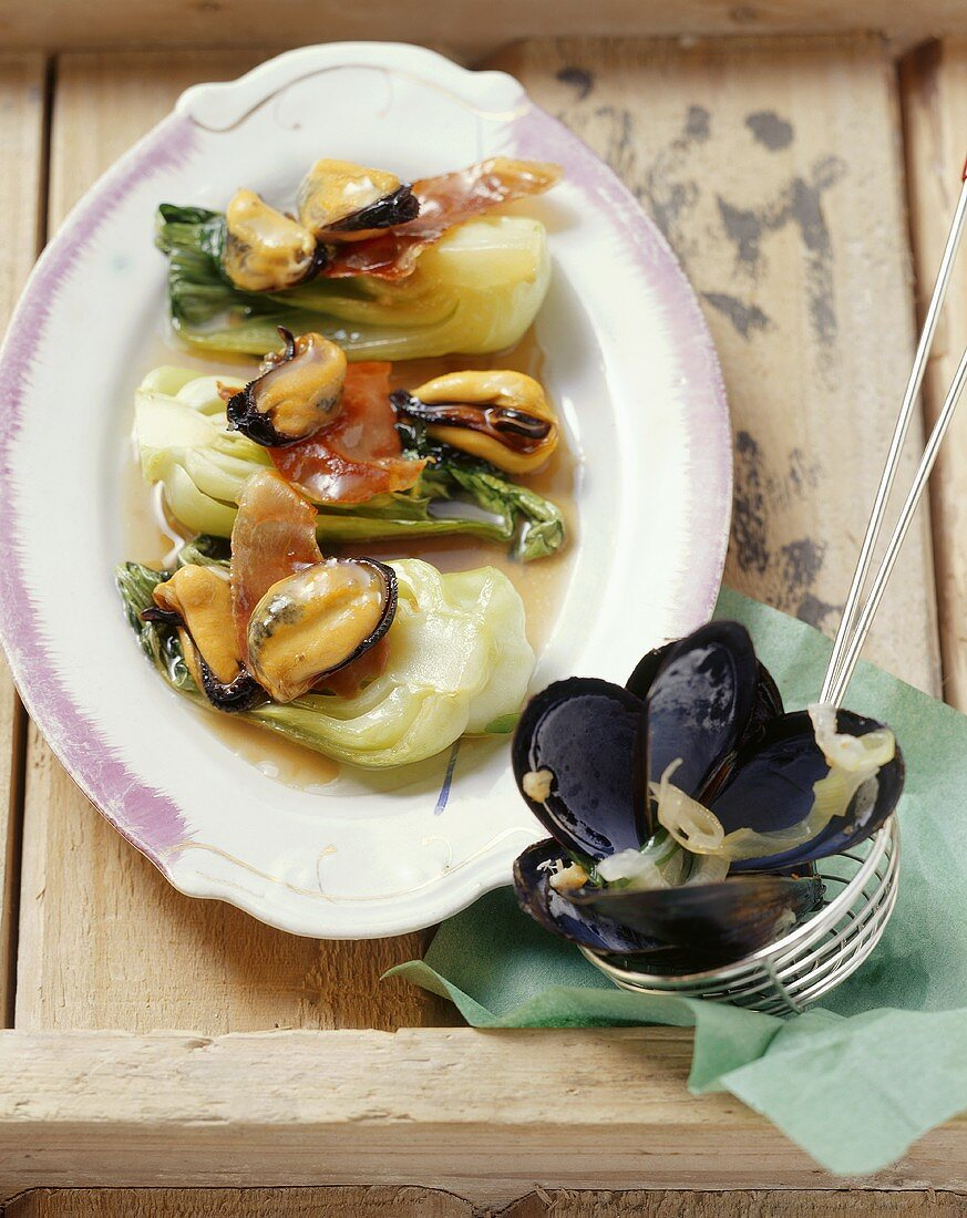 Mussels with pak choi