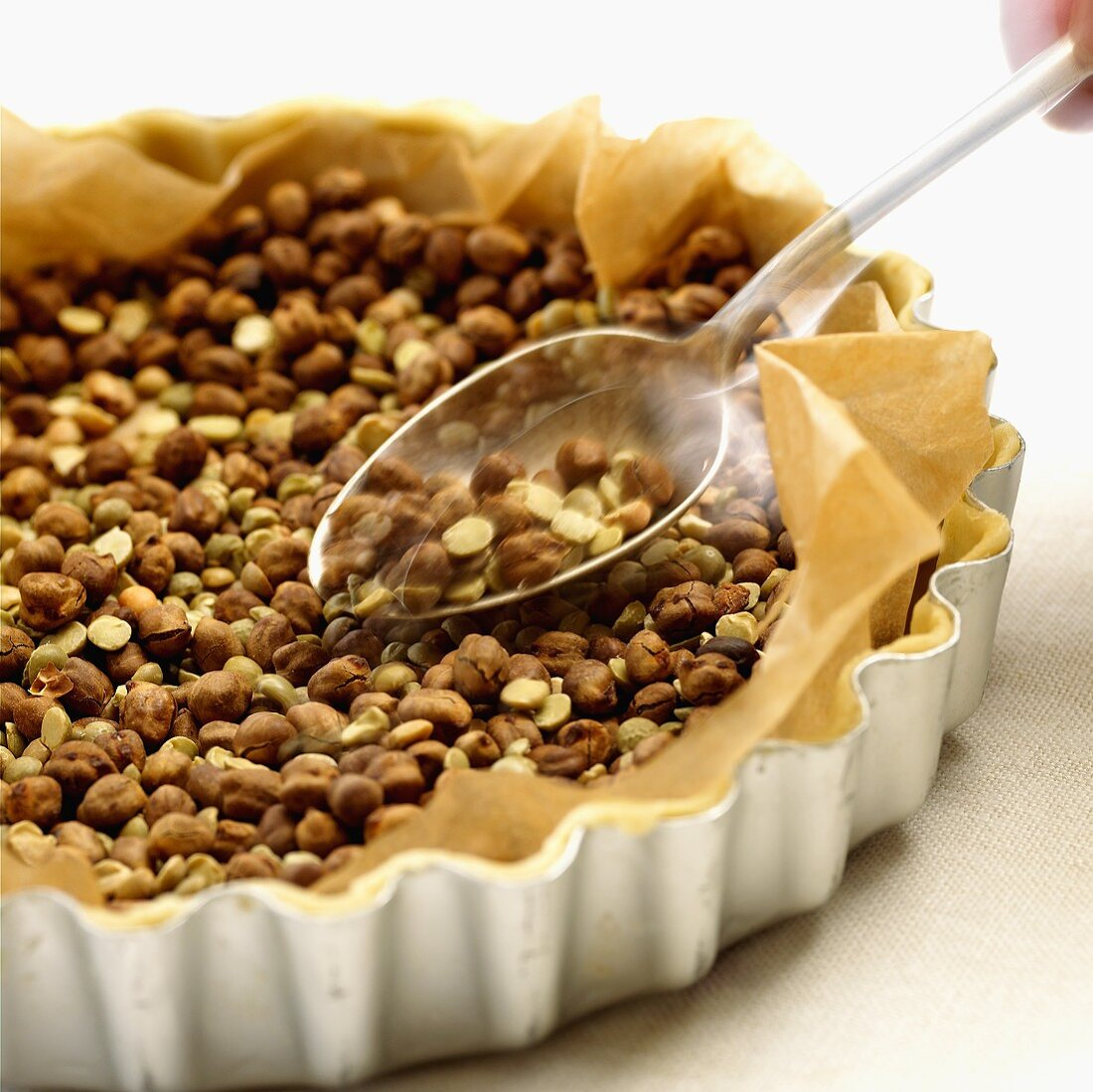 Baking pastry blind in a tart tin