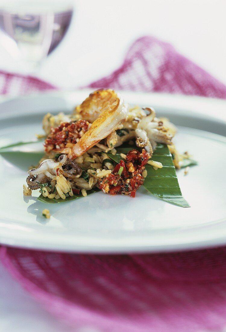 Thai rice salad with seafood