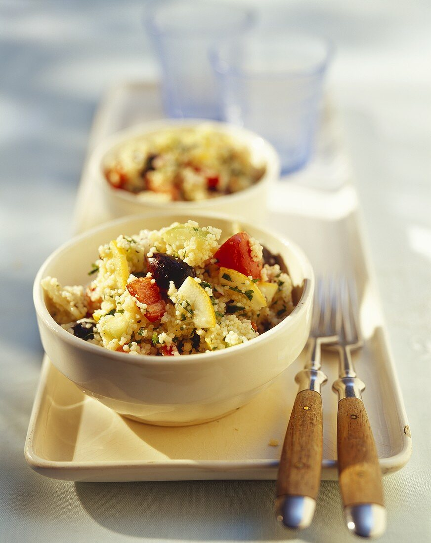 Lemon couscous with peppers and olives
