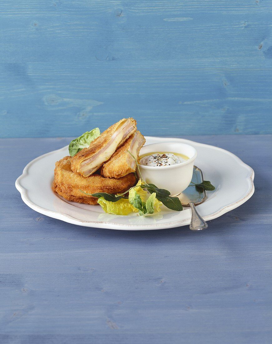 Kohlrabi escalope with cheese and ham stuffing