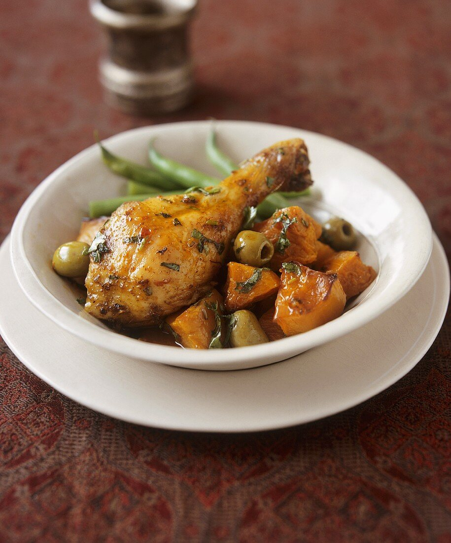 Chicken drumstick with vegetables
