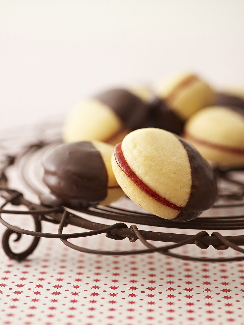 Chocolate-dipped Linzer biscuits