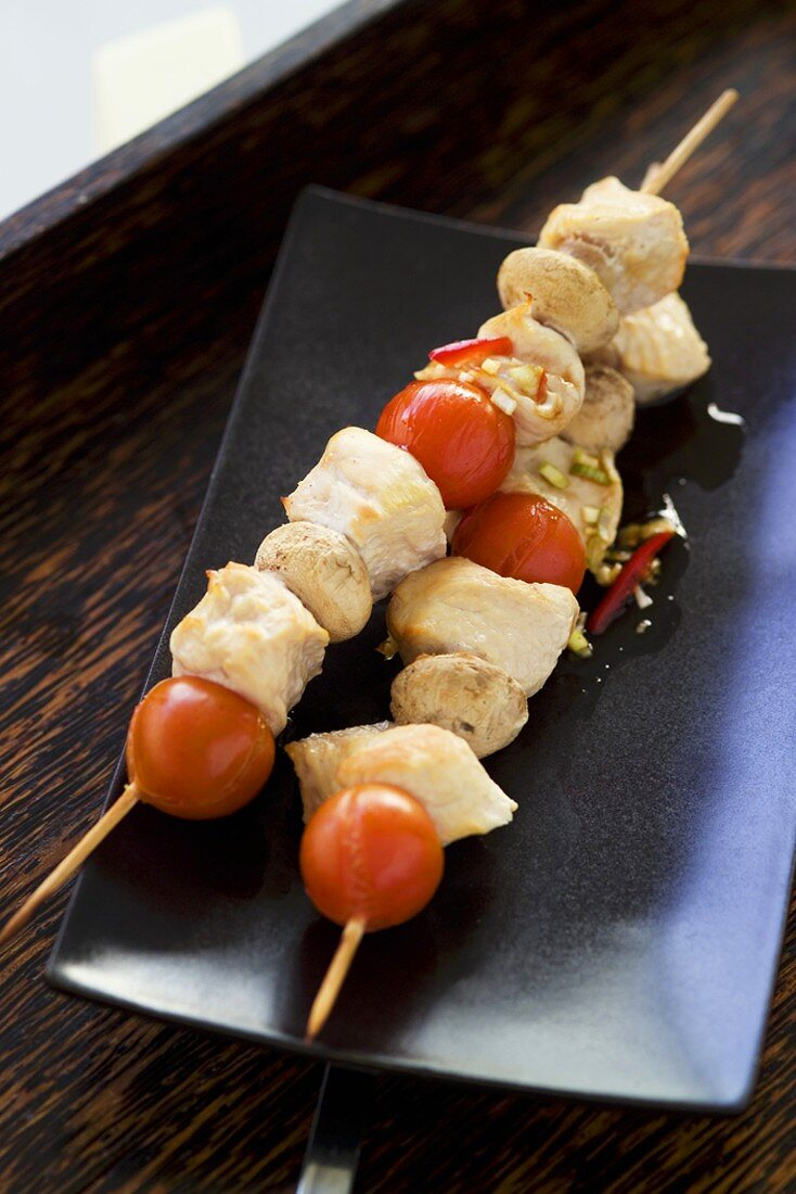 Smoked turkey, tomato and mushroom kebabs