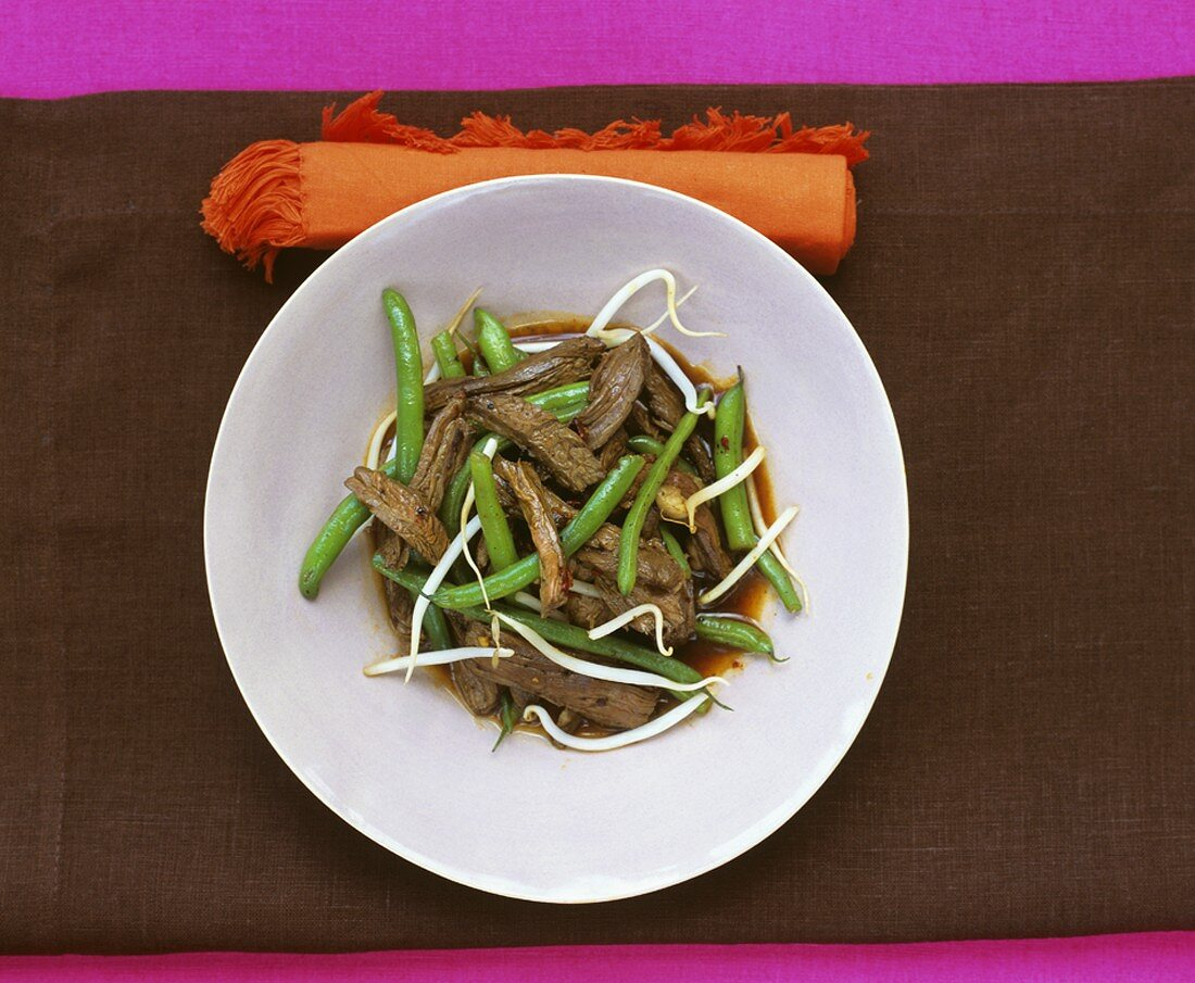 Seared beef with French beans and bean sprouts