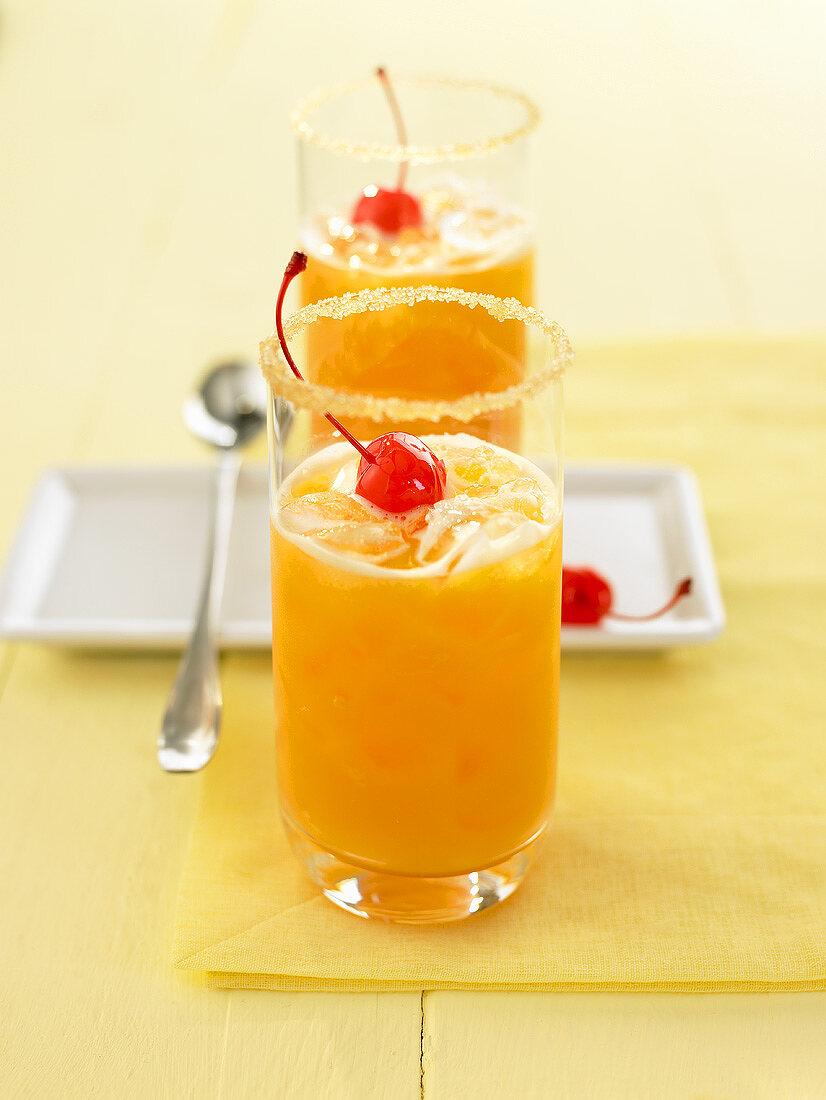 Sunshine shake (Orange, papaya and carrot juice)
