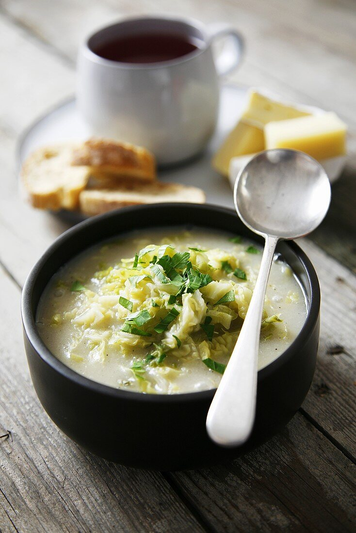 Savoy cabbage soup with garlic and rice