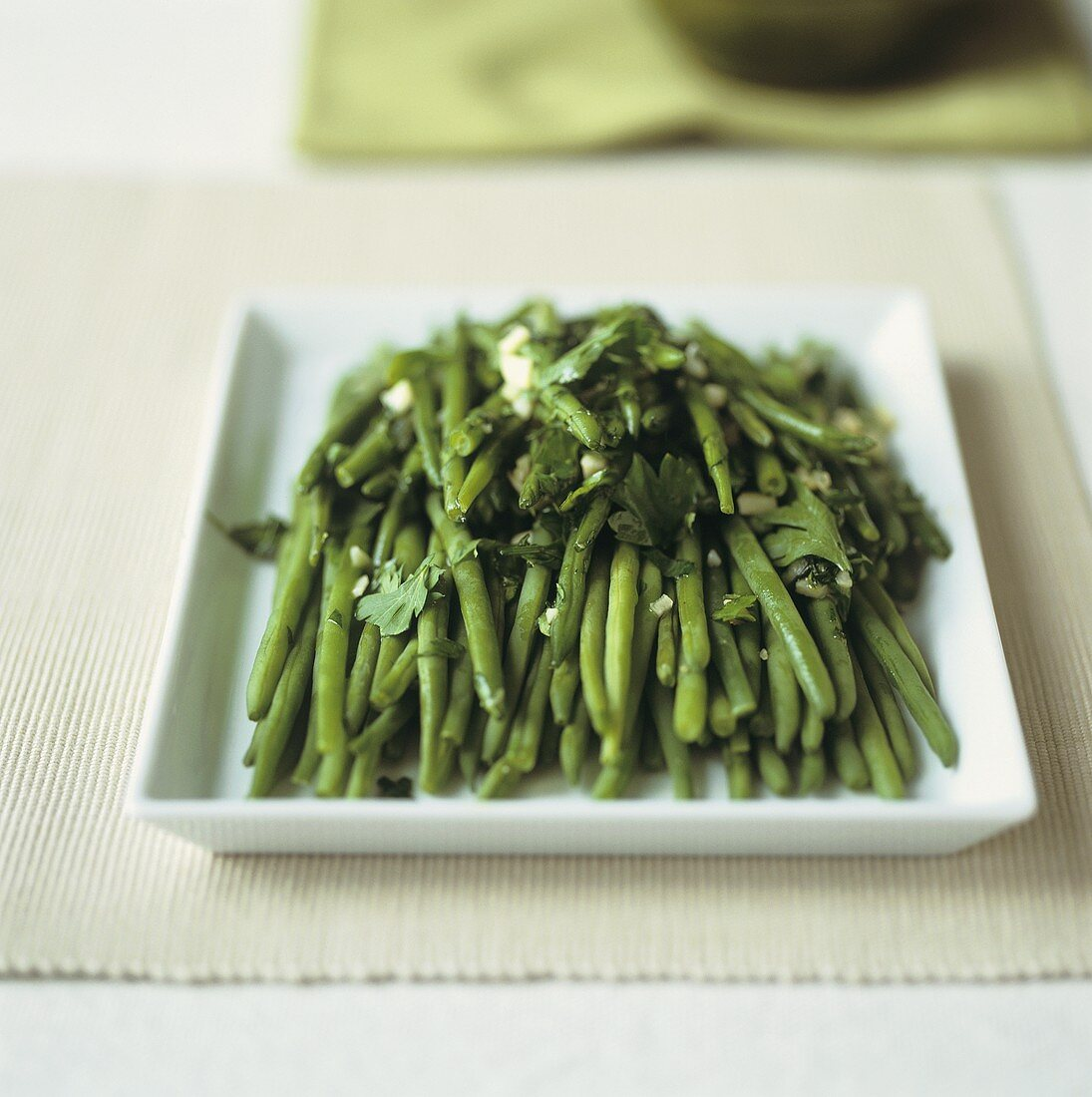 Green beans with garlic and parsley