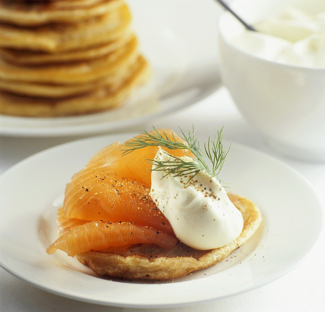 Blini with salmon and crème fraîche