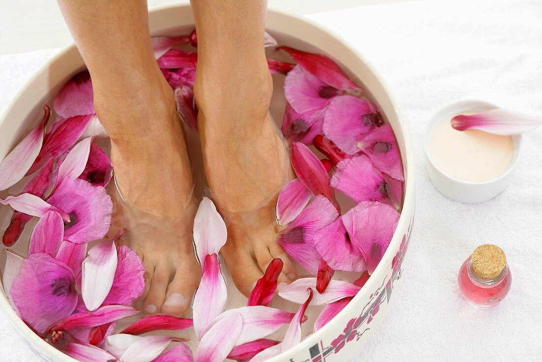 Poppy and magnolia petal foot bath