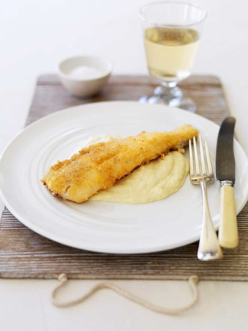Fried fish fillet with cauliflower puree