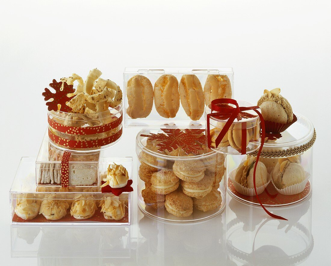 Assorted Christmas biscuits in clear biscuit boxes