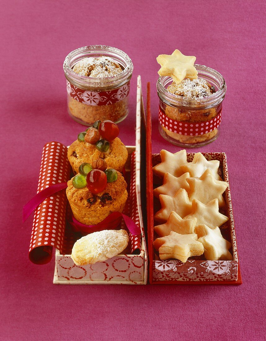 Lemon stars and mini quark stollen in and out of jars