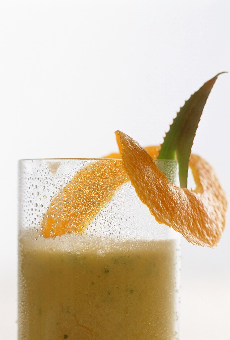 Orange and aloe drink