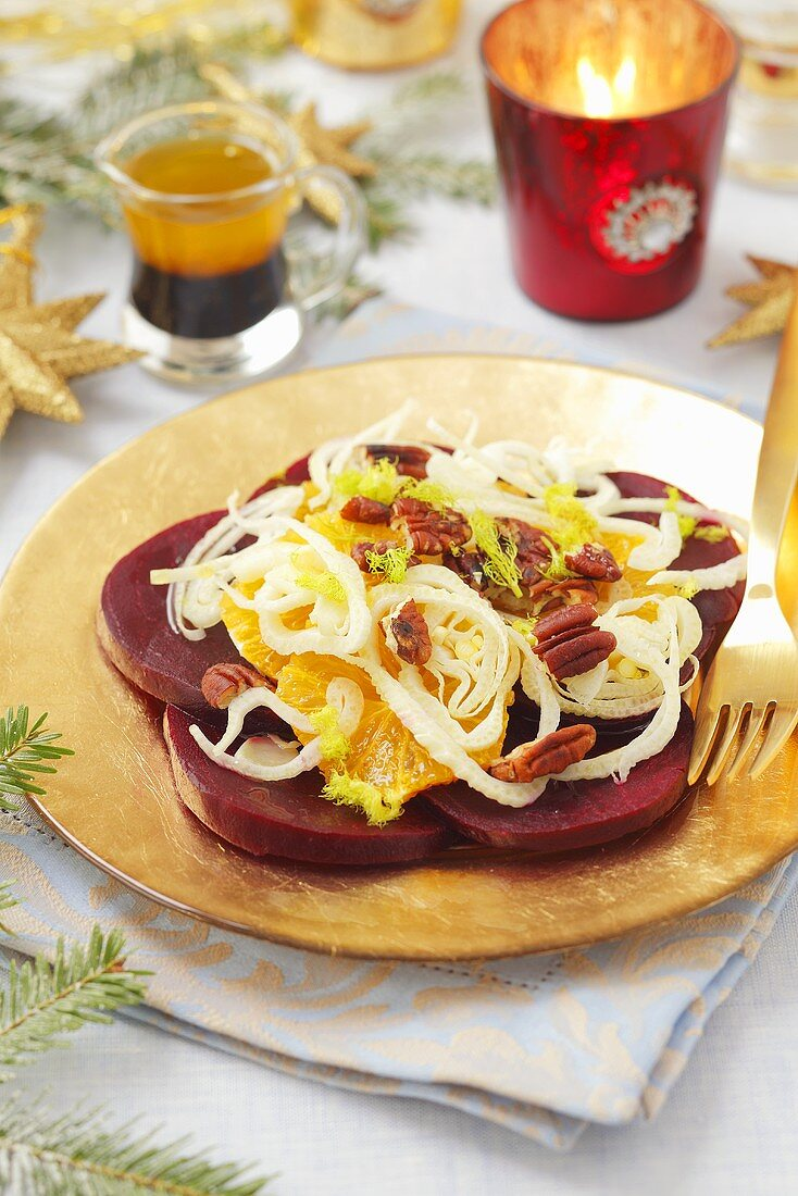 Beetroot salad with oranges and fennel