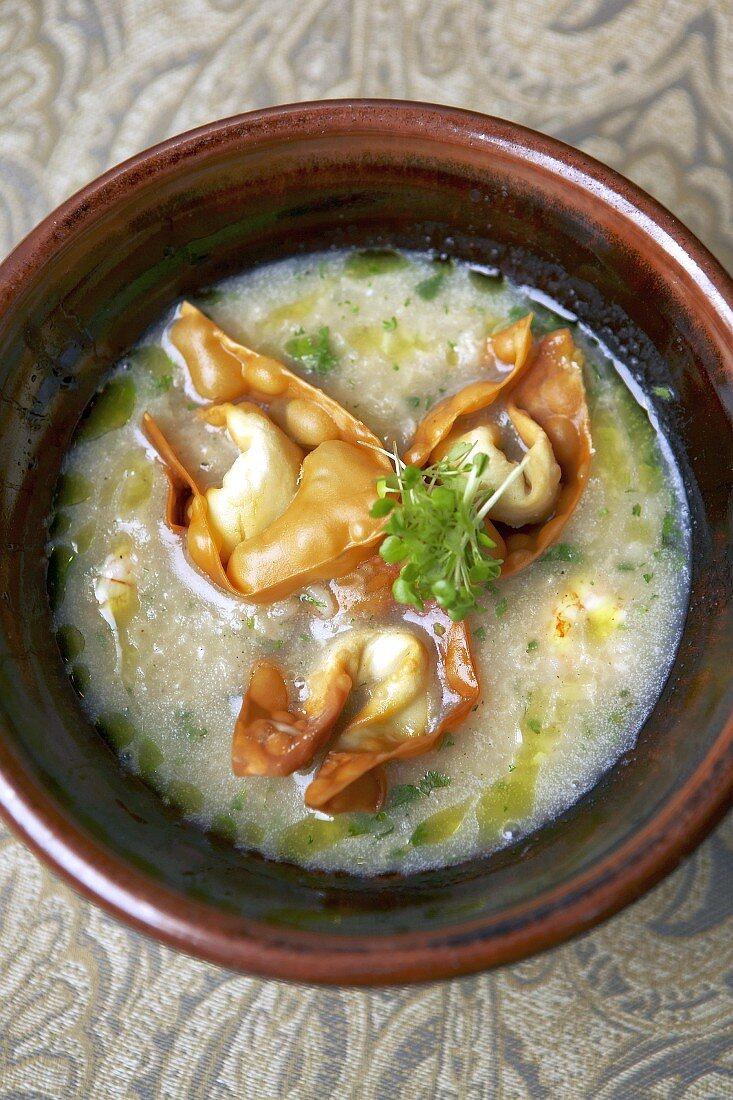 Shrimp congee with wontons