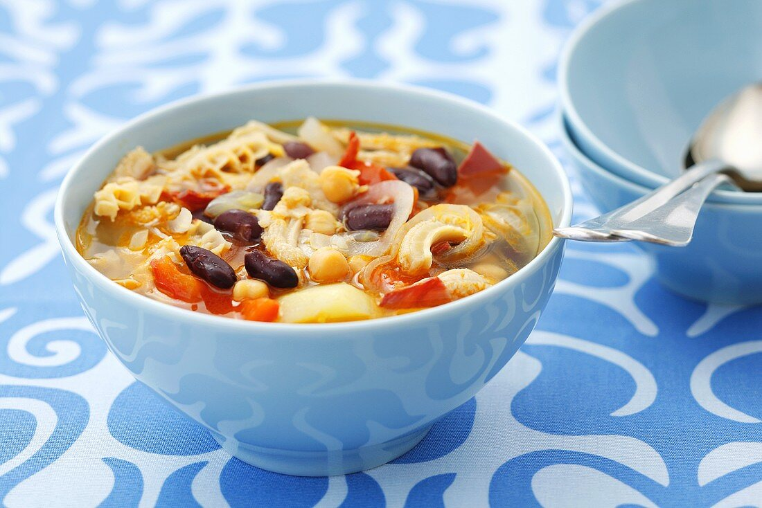Tripe soup with chorizo, beans and vegetables, Argentina