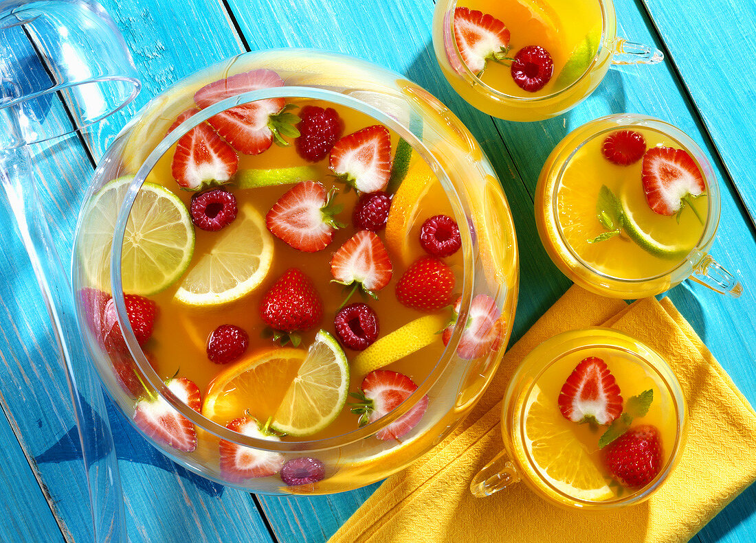 Punch with citrus fruit and berries