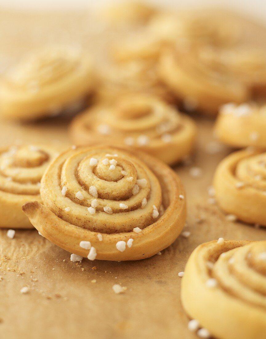 Pinwheel buns with pearl sugar