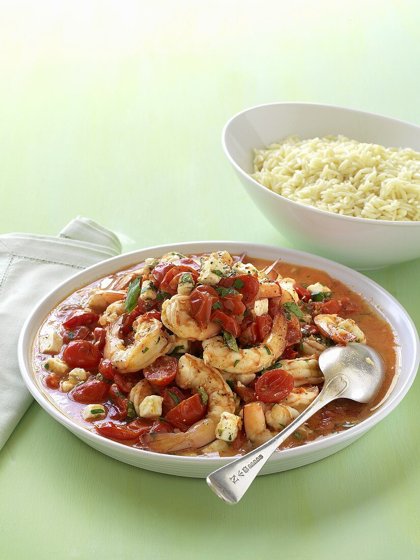 King prawns with tomato sauce and rice