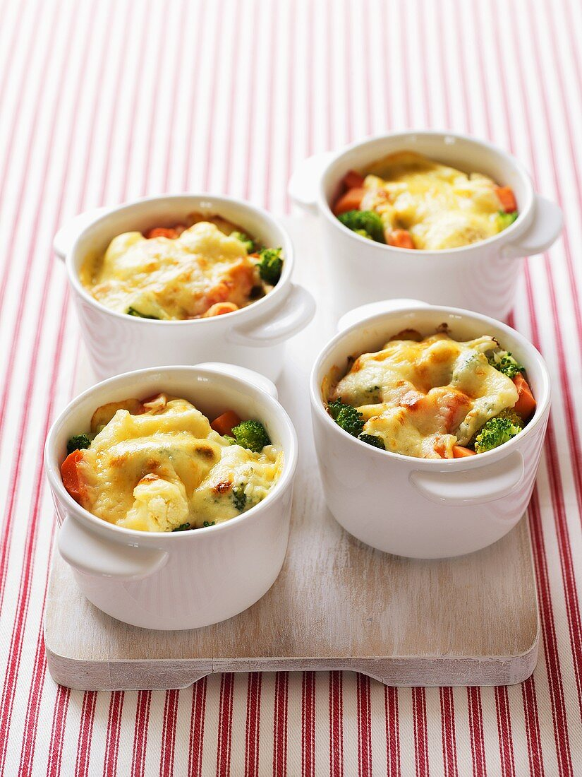 Vegetable bake in small baking dishes