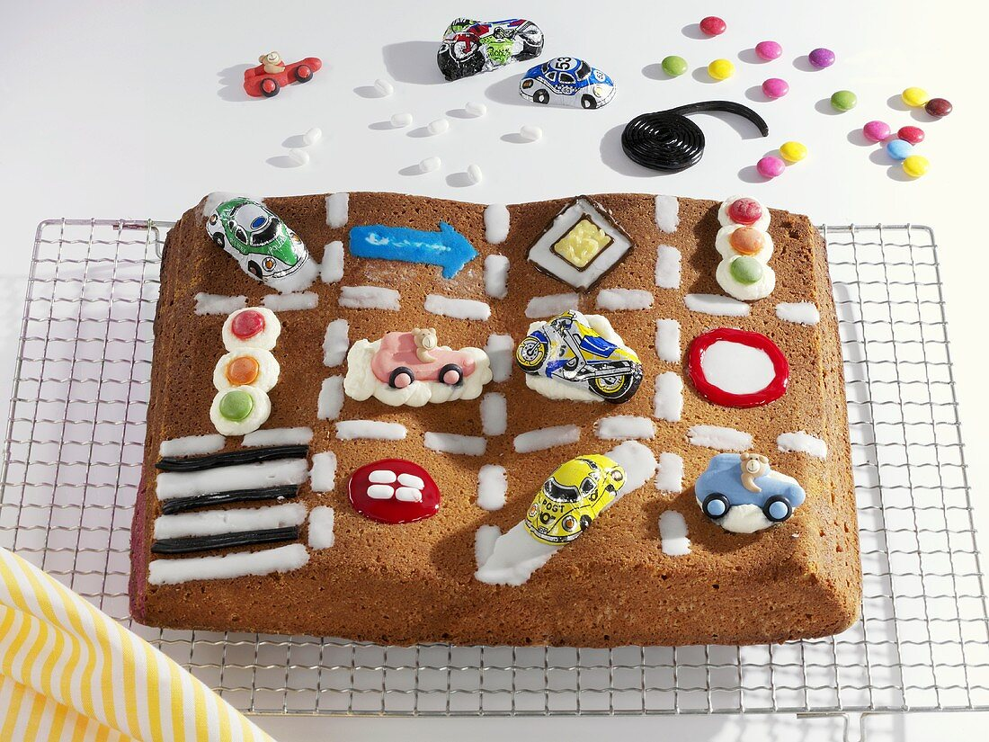 Cake to celebrate passing driving test