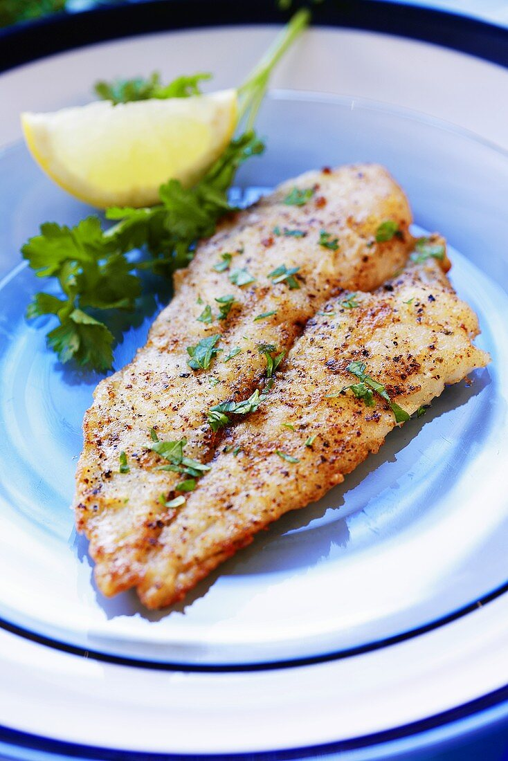 Fried plaice with parsley