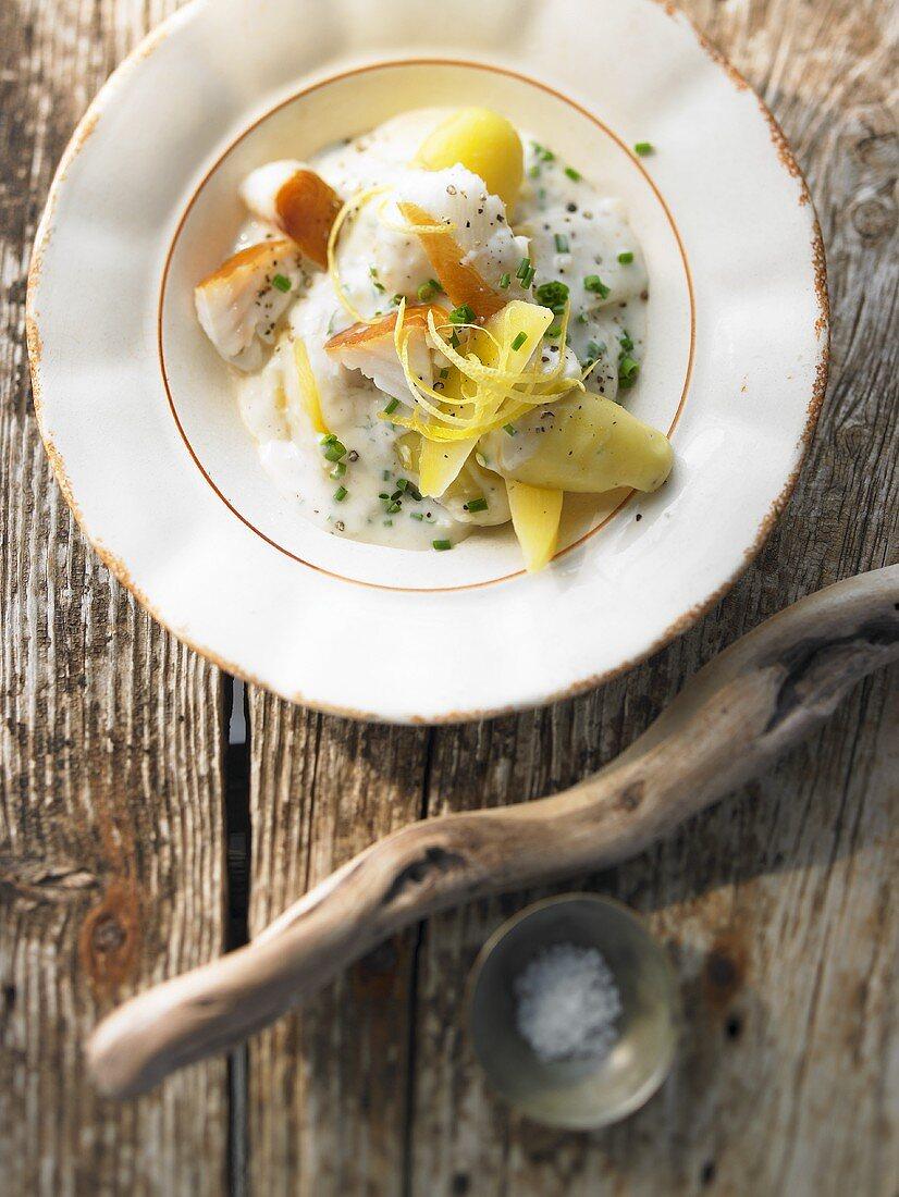 Bornholm béchamel potatoes with halibut