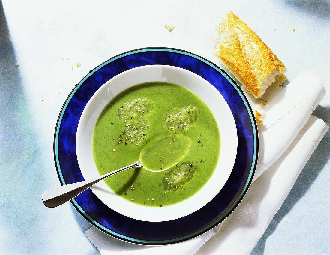 Cold Parsley Soup with Cucumber Granite