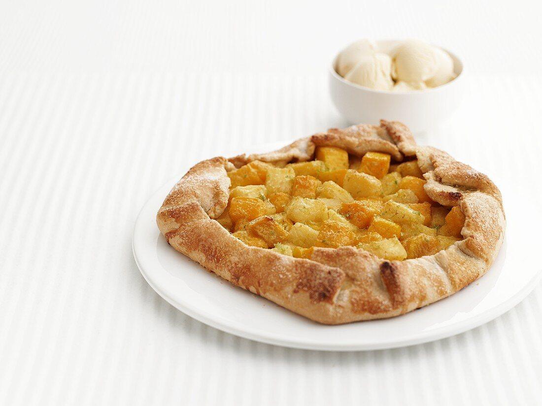 Mango and pineapple pie