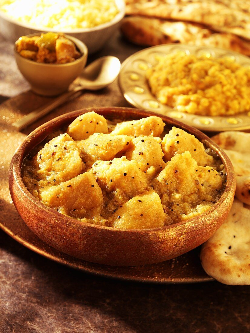 Gujarati aloo (potato curry with chapatis from India)
