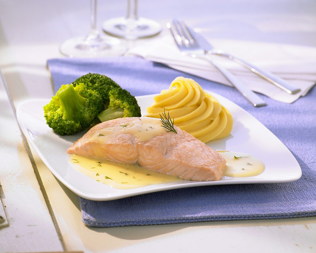 Poached salmon with broccoli and whipped potatoes