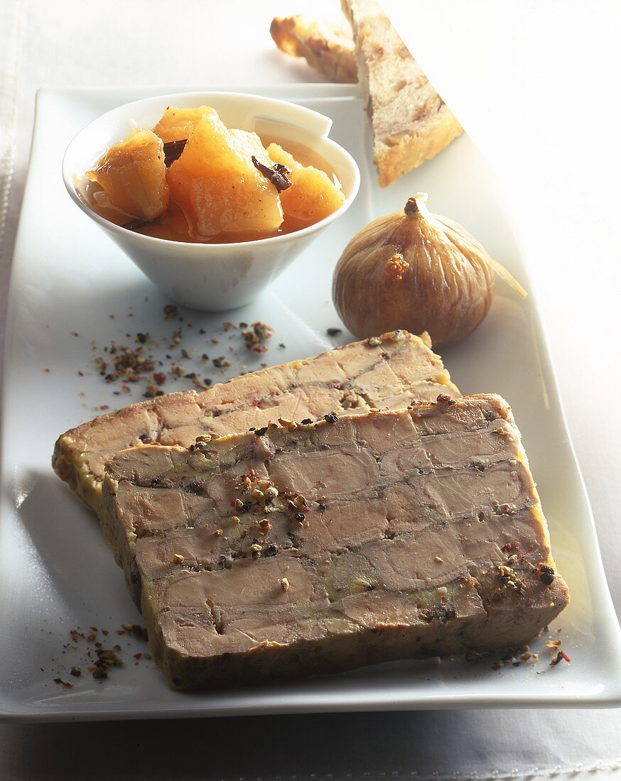 Goose liver terrine with figs and compote