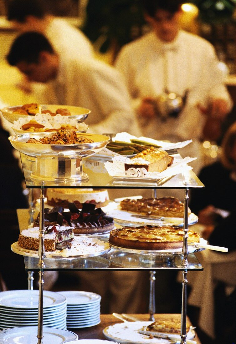 tea rooms - selection of pastries (Mariage Frères, Paris)
