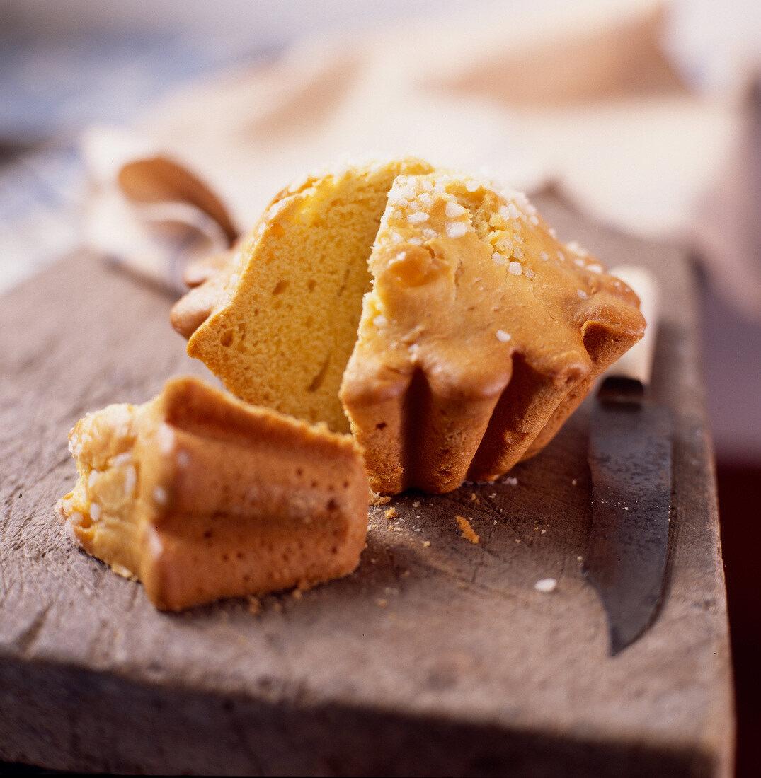 Pastis Landais aniseed cake