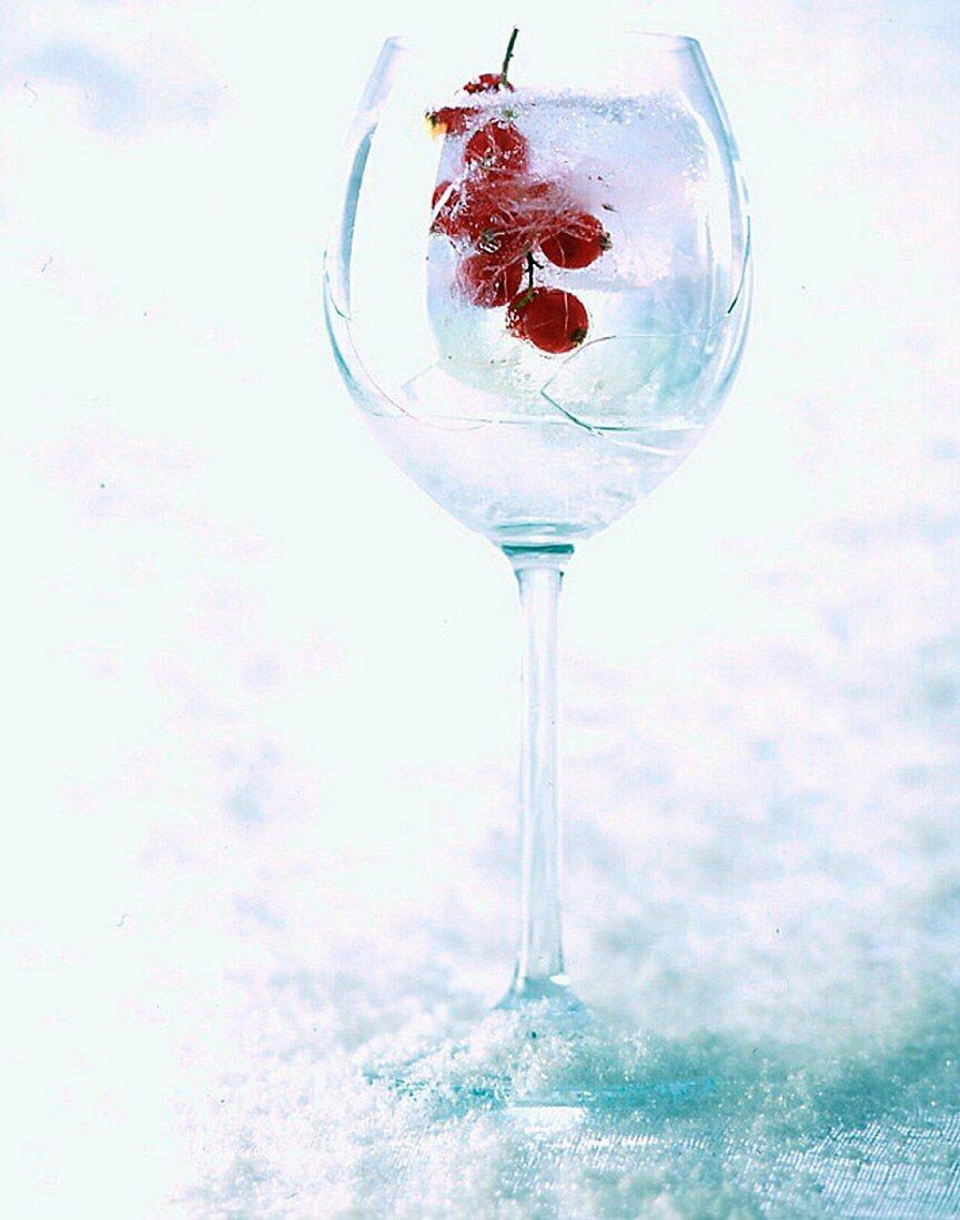 Groseilles glacées dans un verre