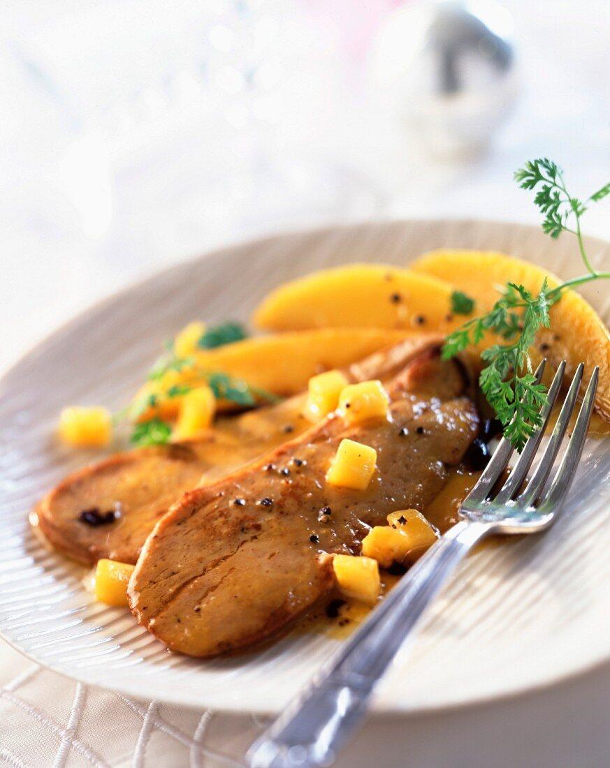 Warm foie gras with mango