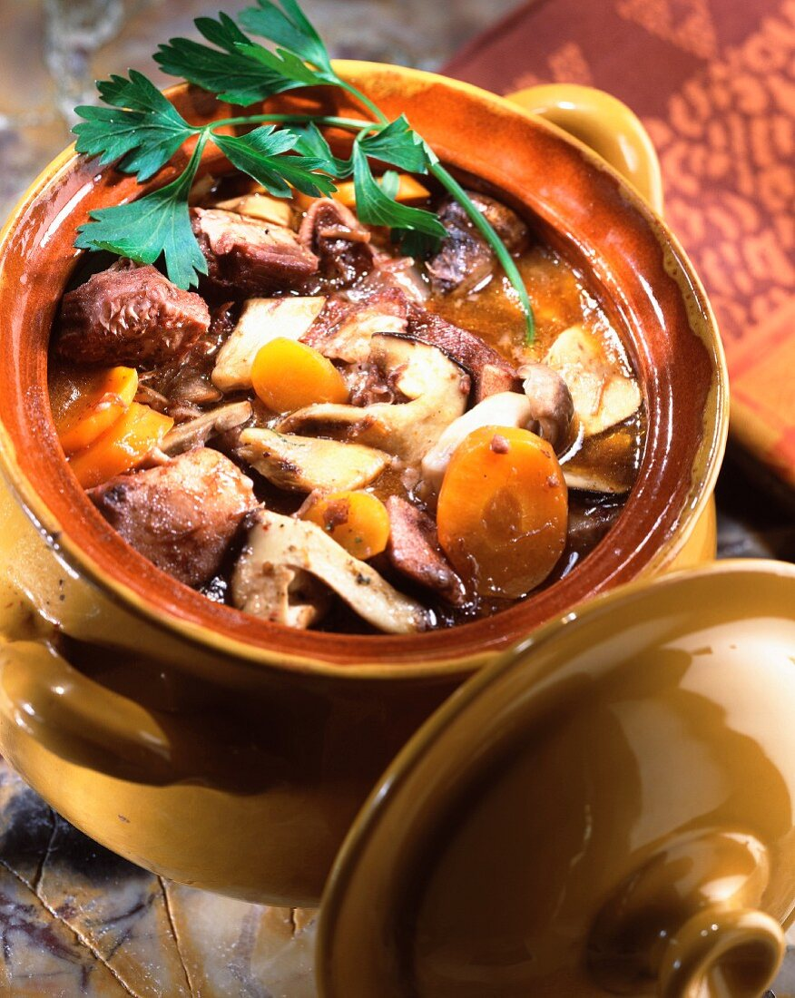 Veal's head and veal's toung stew