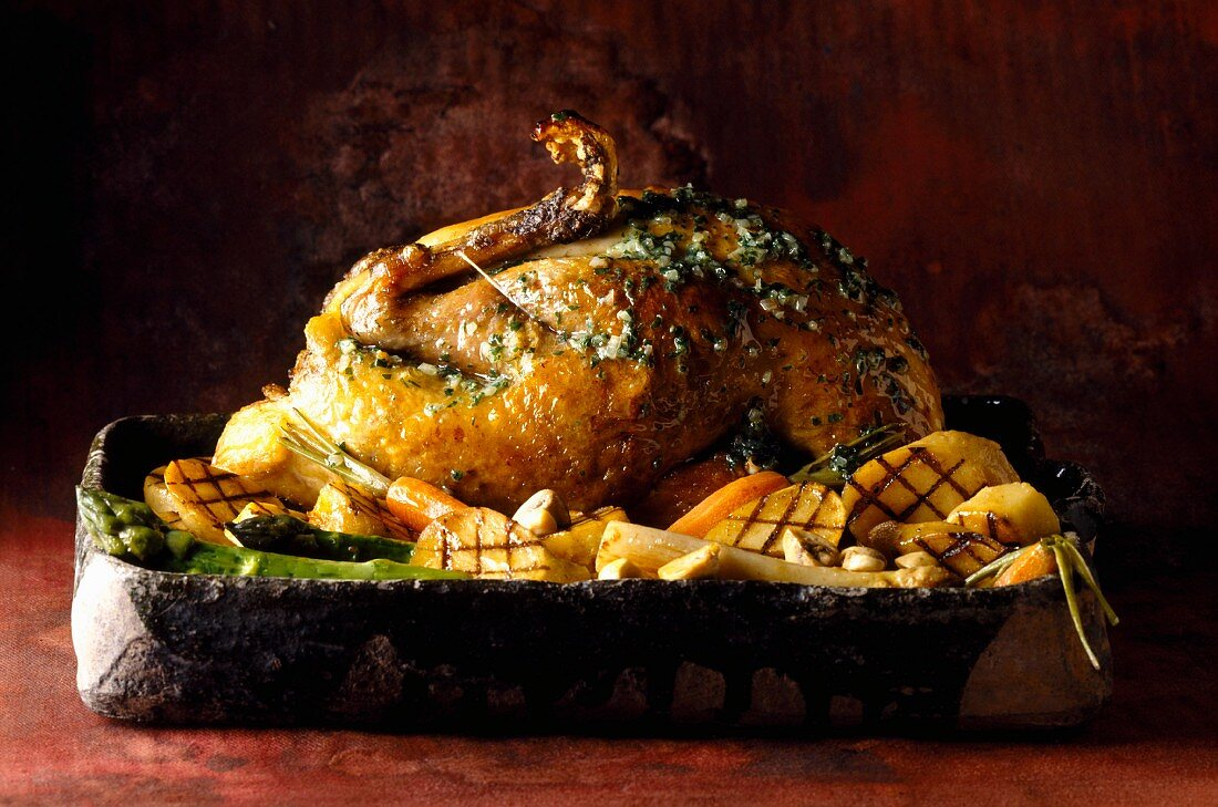 Free-range guinea fowl with asparagus tips (topic: poultry)