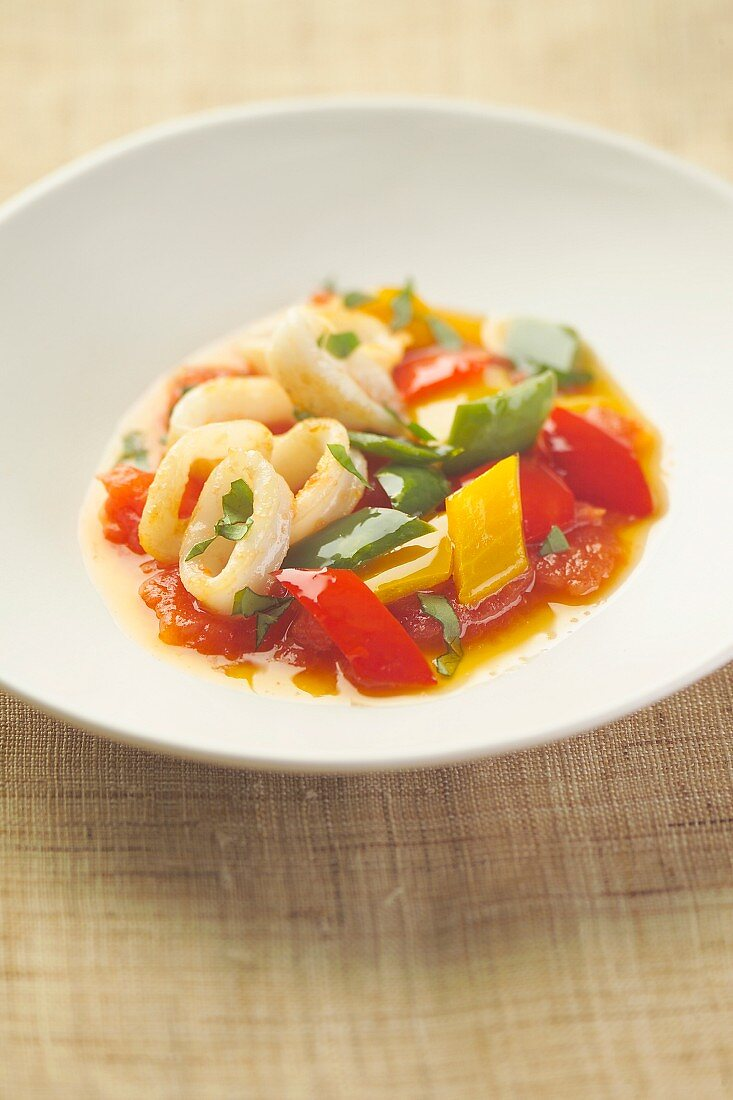Sliced squid with three peppers