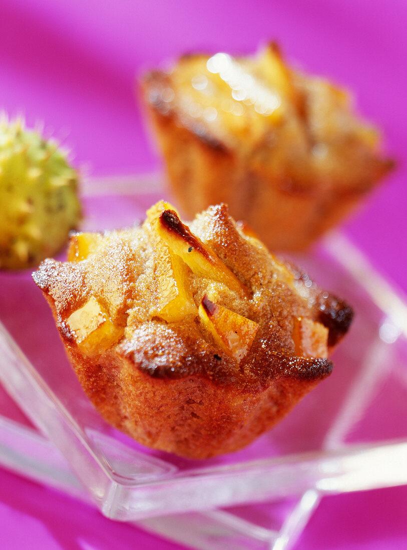 chestnut and orange bun (topic: chestnuts)