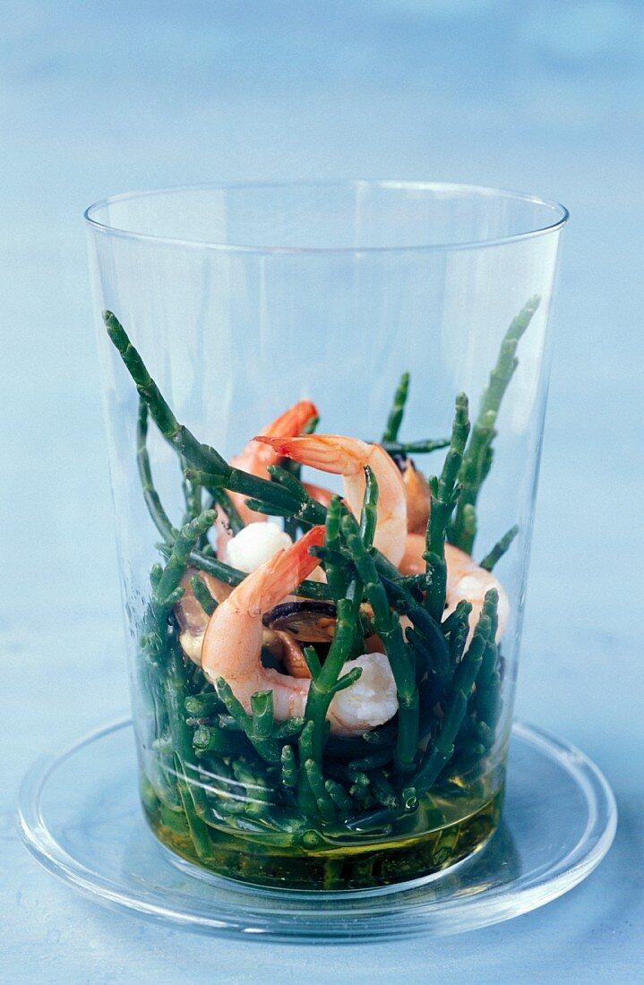 Marsh samphire salad with pink prawns, shitake mushrooms and ginger