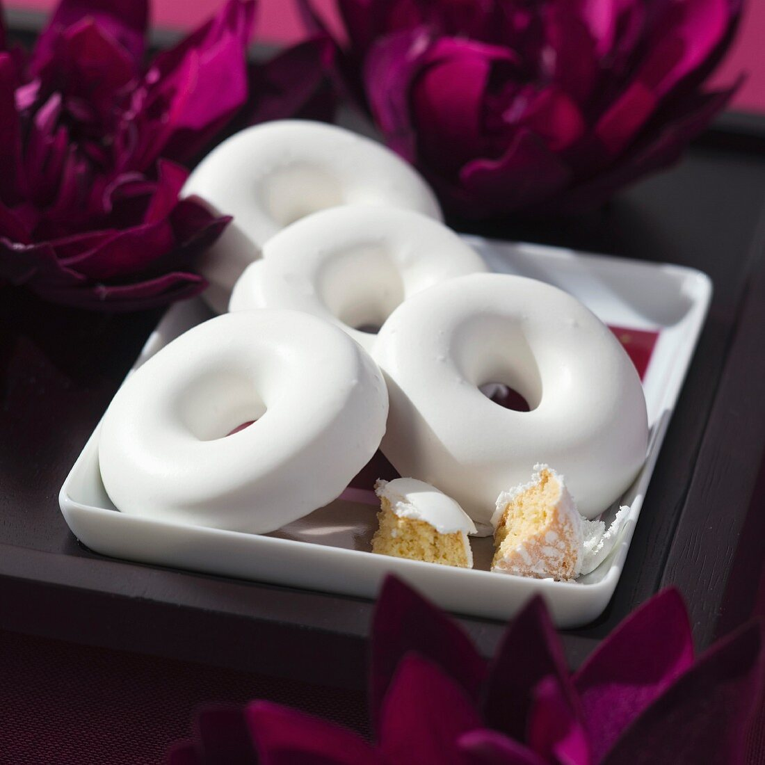Mini rousquilles (anise cakes with icing, Pyrenes)