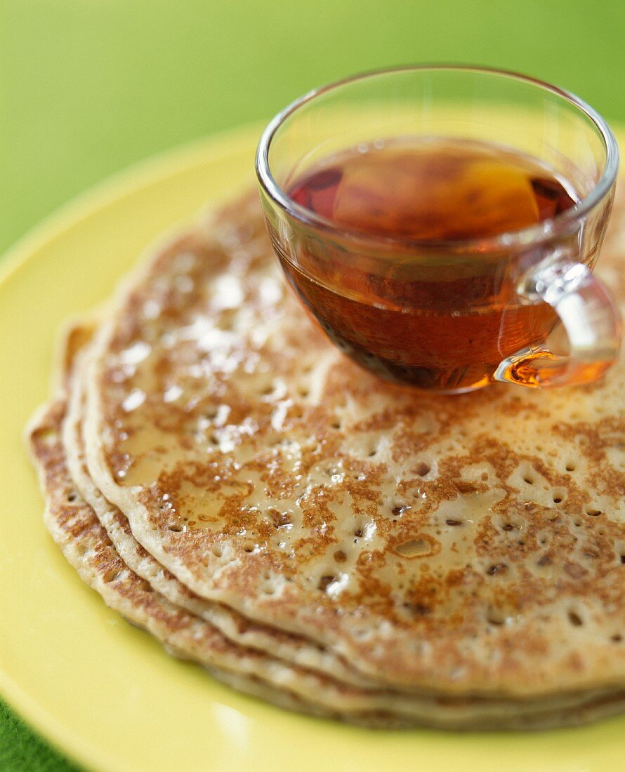 Grandma's pancakes with maple syrup