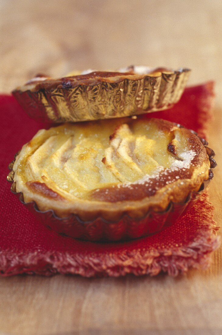 Bourdaloue pear and almond tart