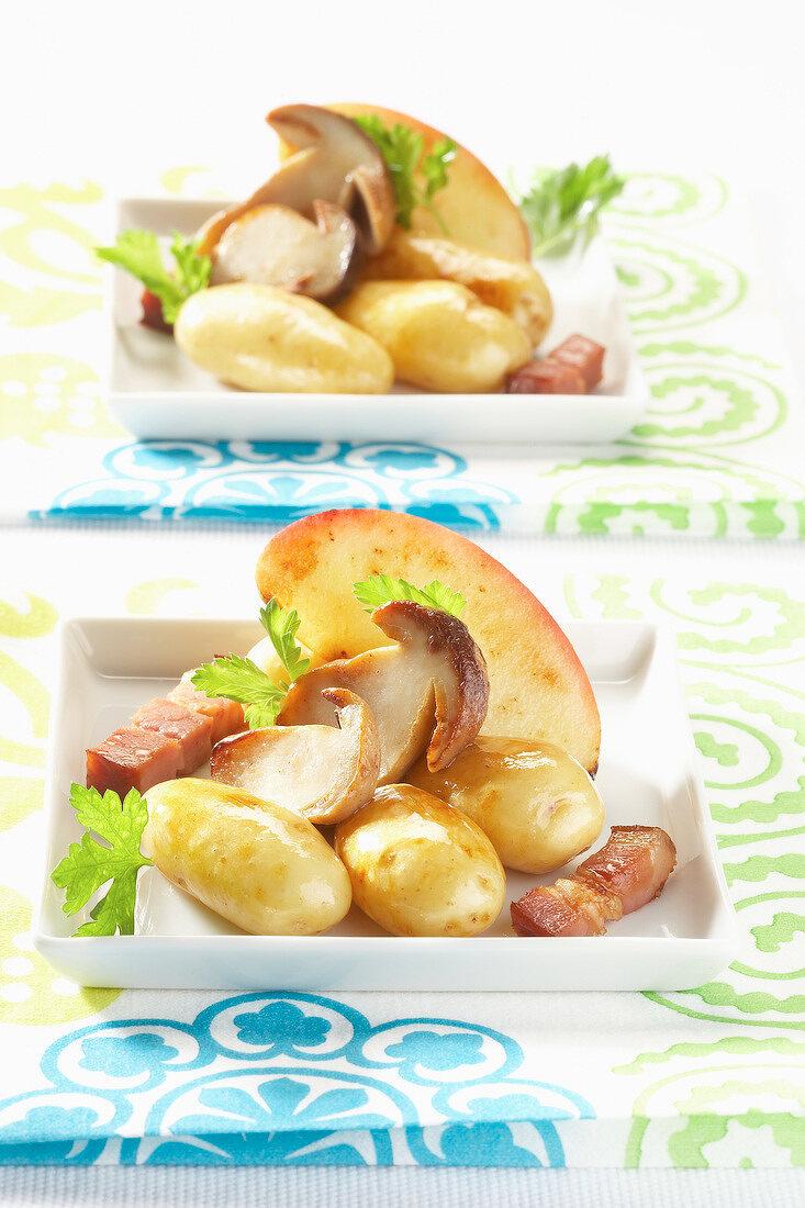 Touquet Ratte potato, diced bacon and mushroom fricassée
