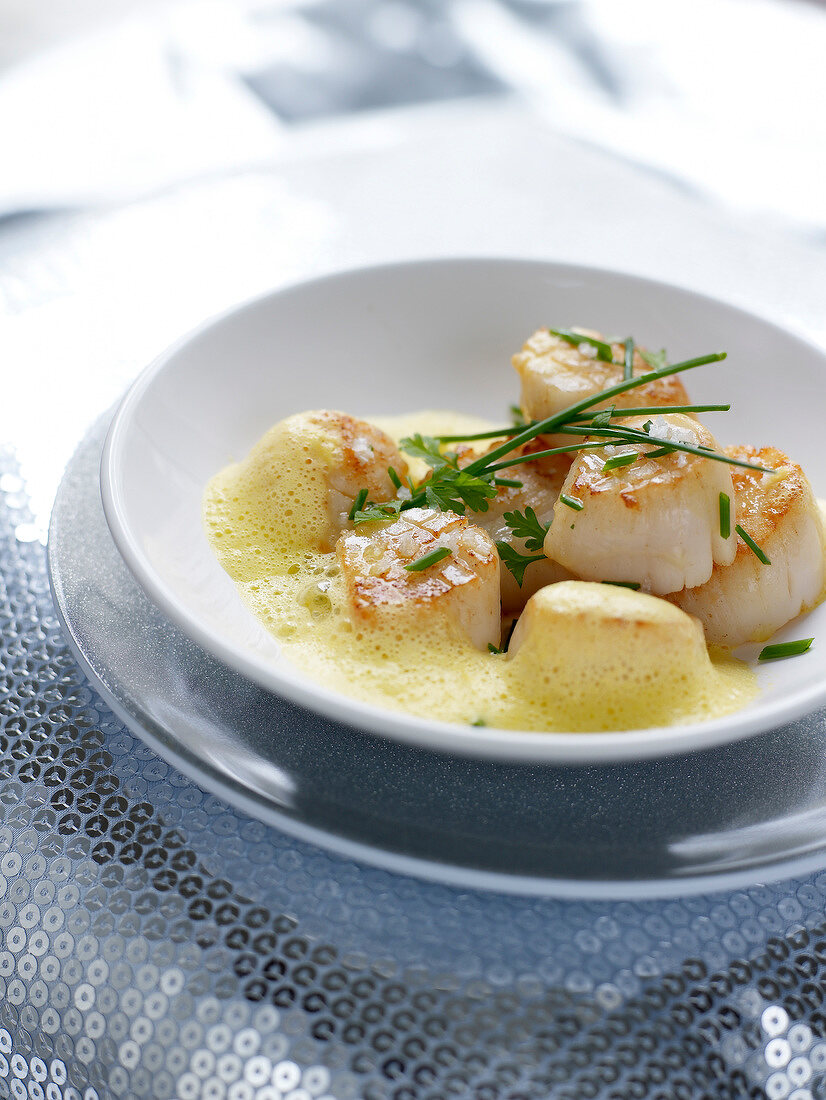 Pan-fried scallops with saffron emulsion