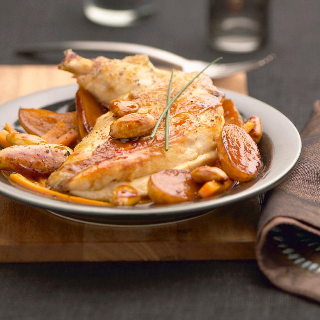 Ancenis-Hähnchen mit Kartoffeln, Karotten und Mandeln