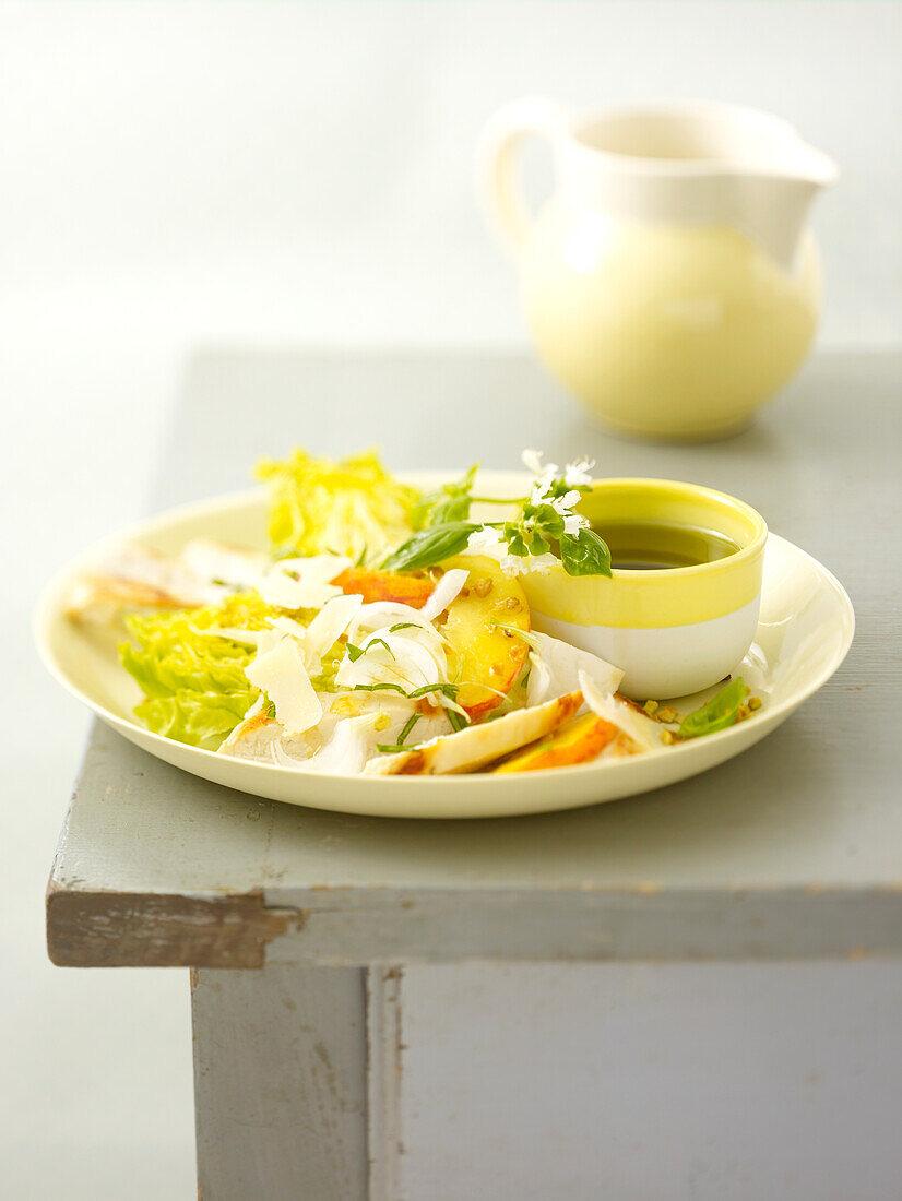Sucrine and peach salad